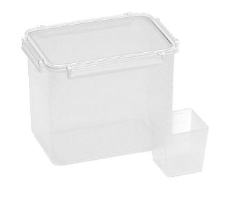 蝶プラ工業株式会社「冷蔵庫野菜室に入る米ビツ」
