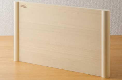 梅沢木材工芸社「浮かせて使える青森ひばのまな板」